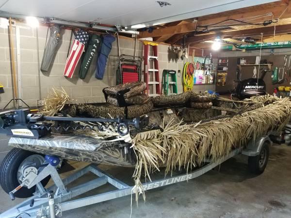 Photo 2017 Crestliner Retriever Jon Deluxe Boat - $16,500 (Waupaca)