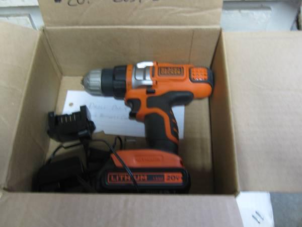Photo Black and decker 20 volt tools - $10 (STEVENS POINT)