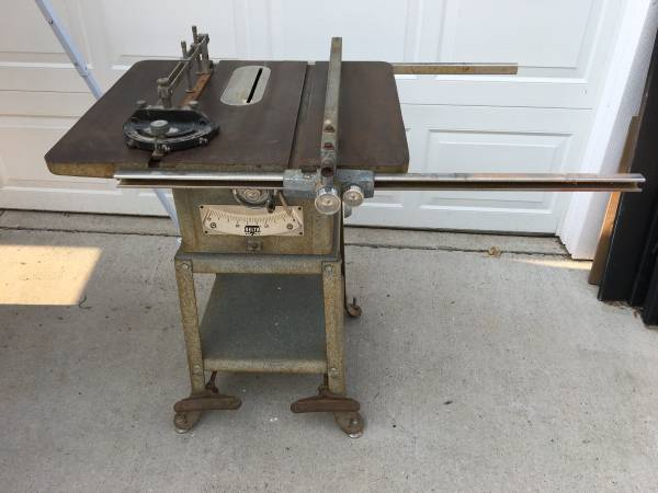 Photo Delta  Rockwell 8 Table Saw - $125 (Stevens Point)