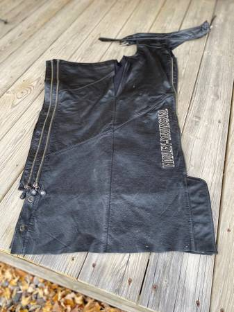 Photo Harley Davidson Women39s Chaps - $95 (Wisconsin Rapids)