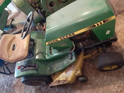 Photo John Deere 111 - $350 (Marathon)