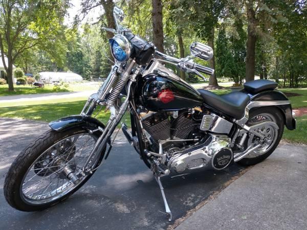 Photo Motorcycle - 1989 Vintage Harley Davidson - $5,600 (Neenah)