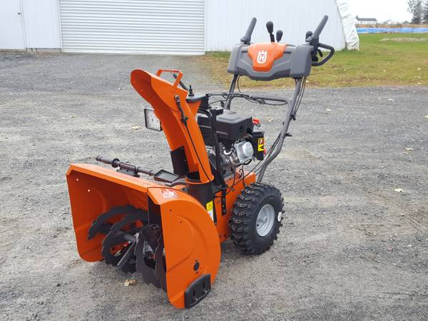 Photo NEW HUSQVARNA 24quot Two Stage Snow Blower  Thrower , Heated Handles - $899 (Athens)