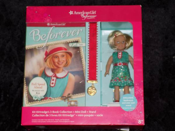 Photo New American Girl Mini Doll and Book Sets Also Books - $25 (Fond du Lac)