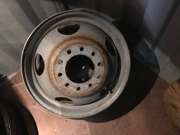 Photo Pair of Chevy 19.5quot dually rims - $100 (Wausau)