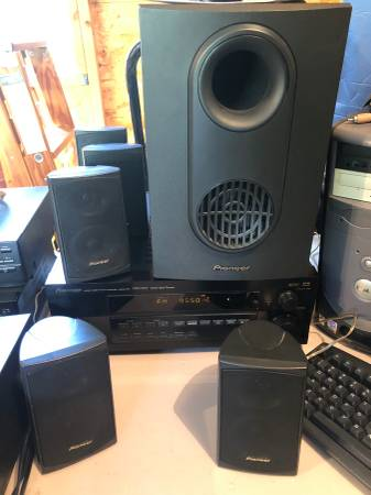 Photo Pioneer Home Theater Surround Sound system - $100 (Rib Mountain)