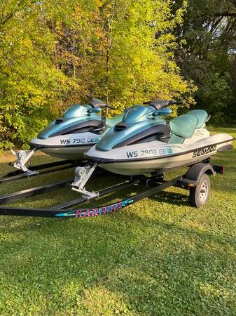 Photo See Doo GTX Jet Ski - 2001 - $4,495 (Seymour)