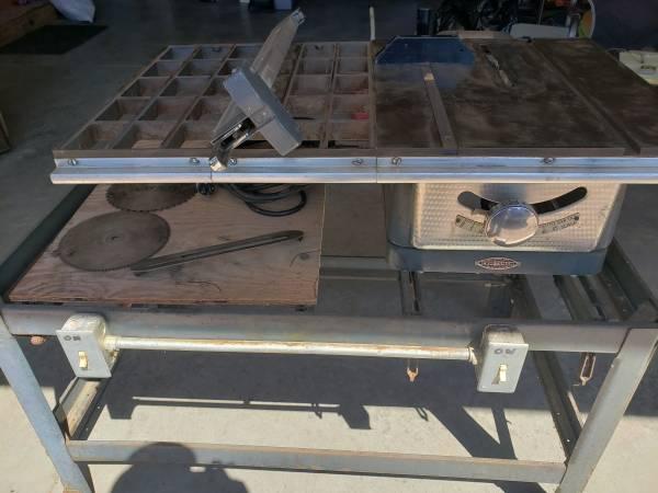 Photo craftsman table saw - $80 (Hancock)