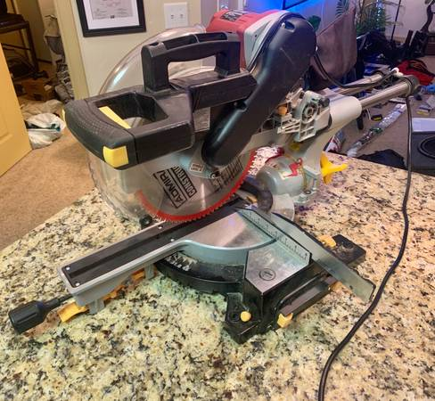 Photo 12 Miter Saw Double Bevel (Chicago Electric) - $90 (Wenatchee)