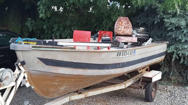 Photo 14 ft aluminum boat - $1100 (manson)