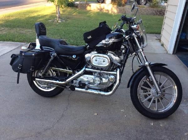 Photo 2003 Harley Davison Sportster 883 twin-V. - $4,000 (Leavenworth)