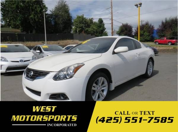Photo 2012 Nissan Altima 2.5 S Coupe 2D - $7,995 (_Nissan_ _Altima_ _Coupe_)