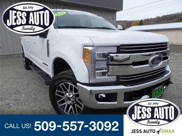 Photo 2019 Ford Super Duty F-350 SRW Truck F350 Lariat Ford F-350 F 350 - $63995 (2019 Ford Super Duty F-350 SRW Lariat)