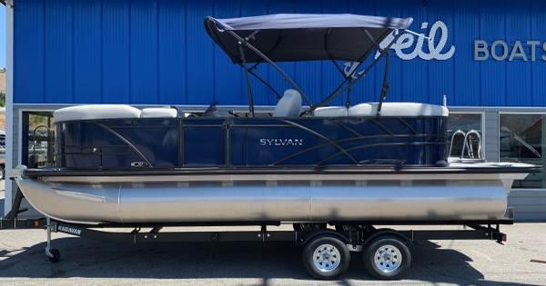Photo 2022 Sylvan X3 (Bob Feil boats and Motors)