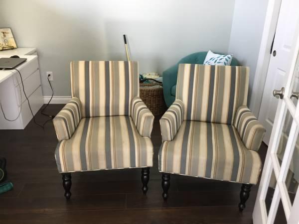Photo 2 Pier One club chairs - $100 (Manson)
