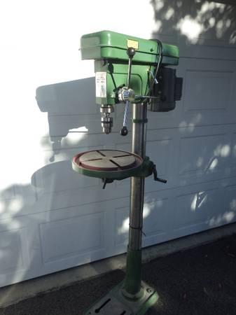 Photo Central Machinery 16 Speed Drill Press - Floor Model  Sanding Drums - $275 (East Wenatchee)