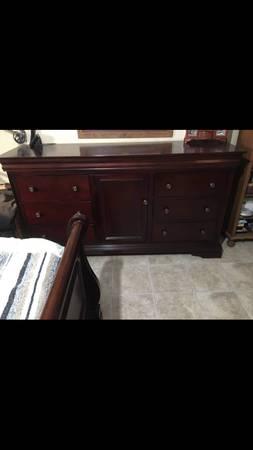 Photo Dresser - $150 (Wenatchee WA)