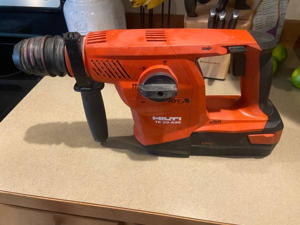 Photo Hilti Roto hammer - $600 (Wenatchee wa)