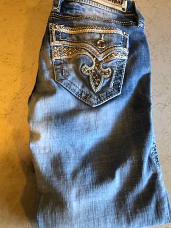 Photo Ladies rock revival jeans - $65 (Wenatchee)