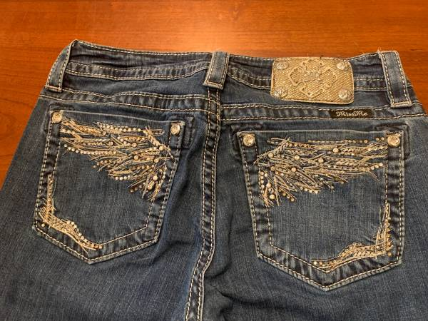 Photo Miss Me Signature Slim Boot Jeans Womens Distressed Bling Size 28 EUC - $35 (East Wenatchee)