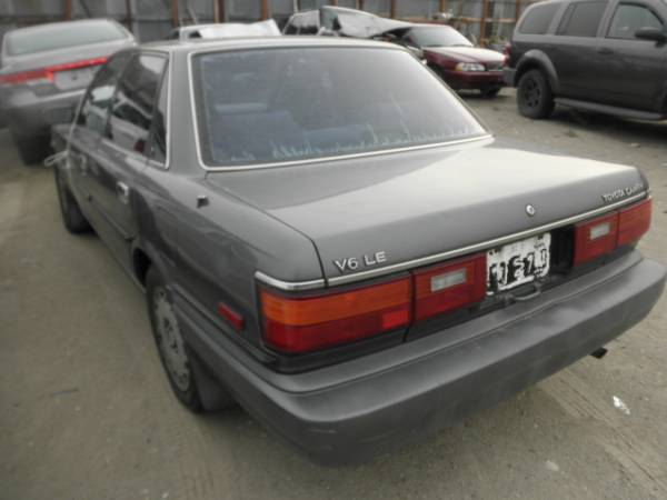 Photo Parts 1989 Toyota Camry LE V6 Parts (Chelan)