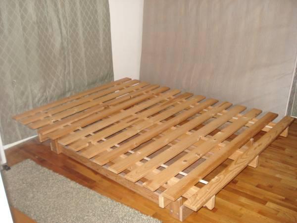 Photo Queen size futon bed frame - $50 (East Wenatchee, WA.)