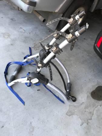 Photo Thule Bike Rack - $35 (Wenatchee)