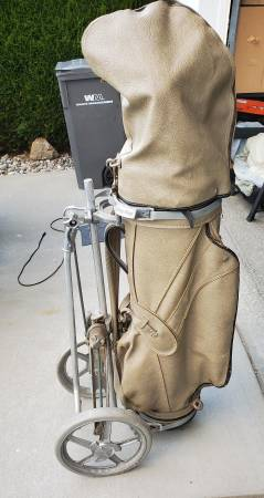 Photo Vintage golf caddy, leather bag and clubs - $100 (East Wenatchee WA)