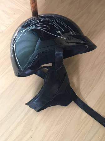 Photo Womans Harley Davidson HD-H06 Motorcycle Helmet XS Half Helmet - $75 (Dryden)