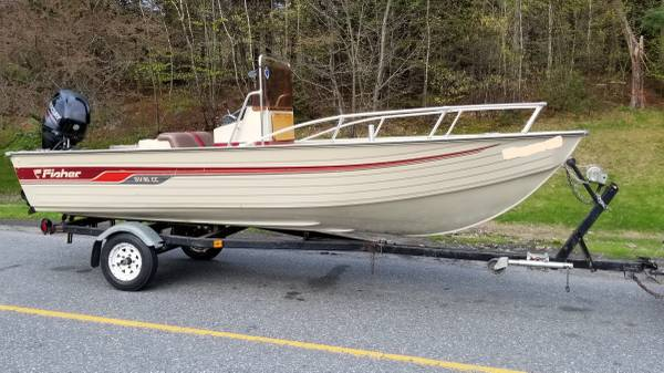 Photo 16.539 CC aluminum fishing boat with 2015 40 HP Merc with only 14.9 hrs - $6,500 (Greenfield)