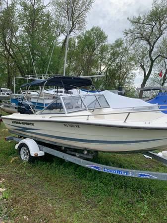 Photo 18.5 Hydra Sport Open Bow Boat with 90 HP ETEC for Sale - $9,999 (Longmeadow)