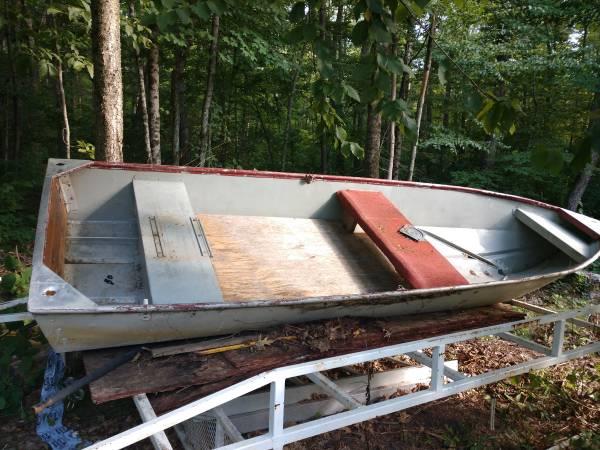 Photo 1957 Monark open boat 1439 - $350 (Monson)