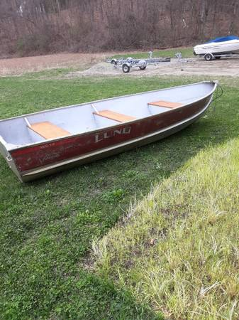 Photo 2 1999 lund wc 14 ft with 1999 Yamaha 15 4stroke - $3,500 (Deerfield)