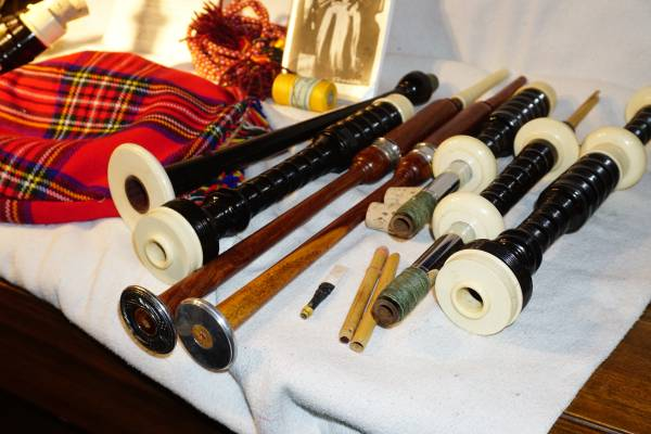 Photo Bagpipes - $80 (greenfield)
