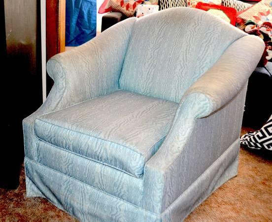 Photo Blue chairs (orange)
