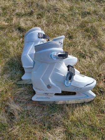 Photo Ice skates, multiple sizes - $20 (Northton)