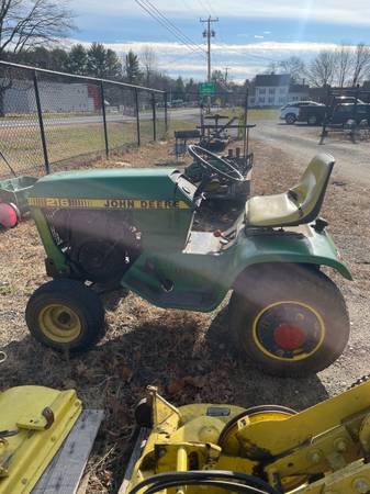 Photo John Deere 216 lawn tractor - $1,750 (Whatley)
