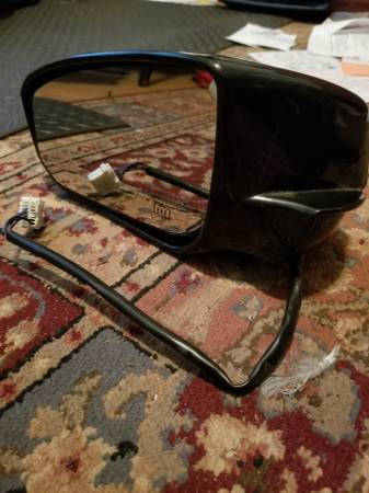 Photo Mirror for Nissan Maxima 08 - $20 (springfield.MA)