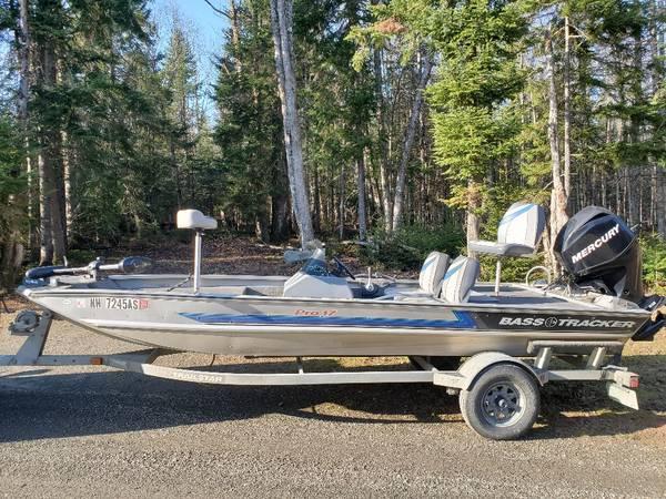 Photo Pro 17 Bass Tracker - $8,500 (PITTSBURG, NH)