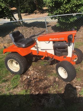 Photo Simplicity sovereign tractor - $675 (Agawam)