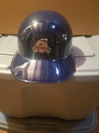 Photo Valley blue sox hard hat - $10 (Holyoke)
