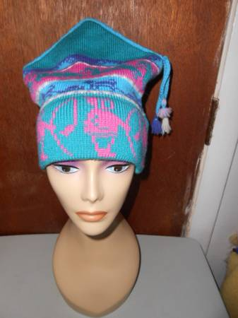 Photo Womens Colorful Dome Wool Winter Hat Mountain Ladies  Ewe Manchester - $45 (hadley)