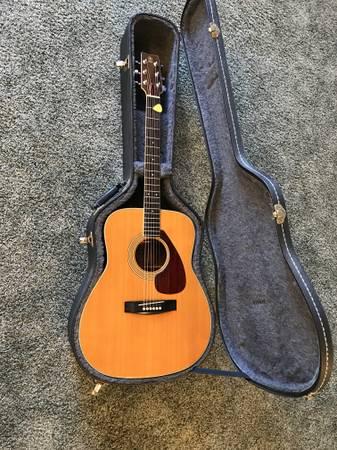 Photo Yamaha 1972 FG-360 Acoustic - $295