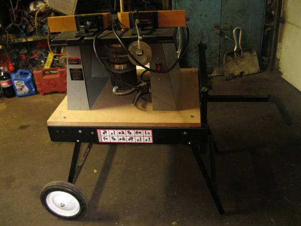 Photo router table 3 14 hp router one a rosseau moblebase - $325 (east spfld mass)