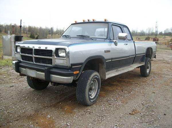 Photo 1993 Dodge D350 CUMMINS 2wd - $4900 (Beaver Dam Ky)