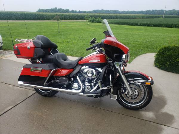 Photo 2010 Harley Davidson Electra Glide Ultra Limited FLHTK - $9,500 (Lawrenceville)