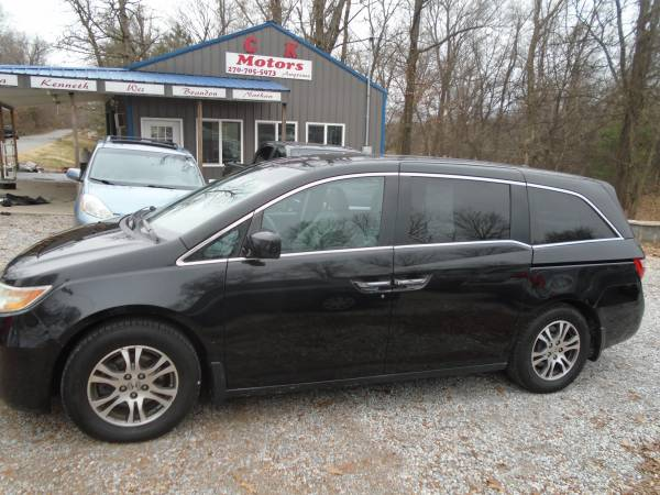 Photo 2011 Honda Odyssey ( Seats 8 ) Leather  ( 8 ) 3rd Rows on Site - $6,900 (Mayfield KY  www.ckmotorsky.com)