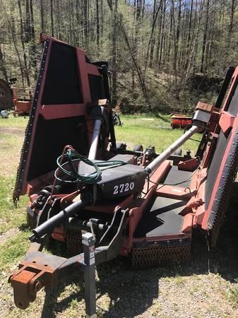 Photo Bush Hog 2720 Batwing Mower 1000 RPM - $11,900 (OAKMAN)