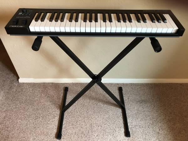 Photo Nektar Impact GX49 MIDI Controller Keyboard  keyboard stand - $70 (Carbondale)