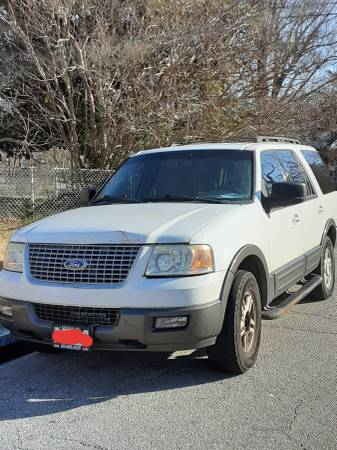 Photo $1000 OBO - Ford Expedition not drivable - $1000